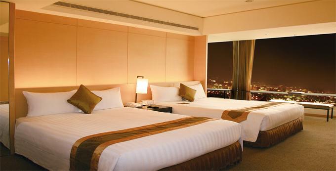 台中清新温泉度假饭店房间室内图、外观图