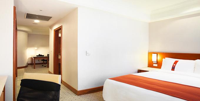 新北深坑假日饭店房间室内图、外观图