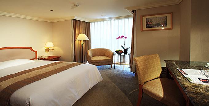 高雄寒轩国际大酒店房间室内图、外观图