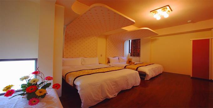 台北六福客栈房间室内图、外观图