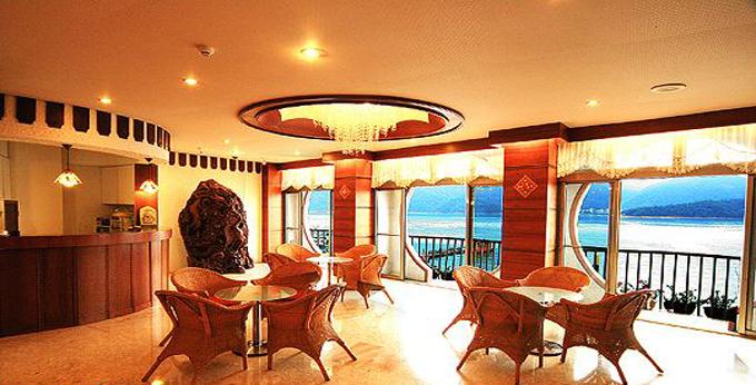 南投鸿宾休闲渡假旅栈房间室内图、外观图