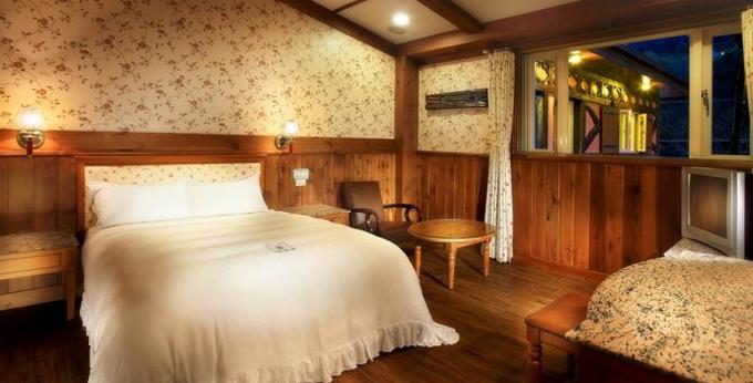南投见晴花园渡假山庄房间室内图、外观图