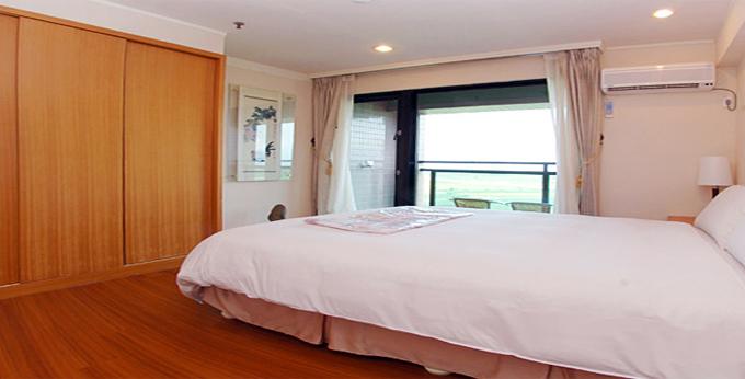 宜兰山泉饭店房间室内图、外观图