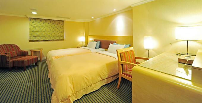 台北万事达旅店(松山店) 房间室内图、外观图