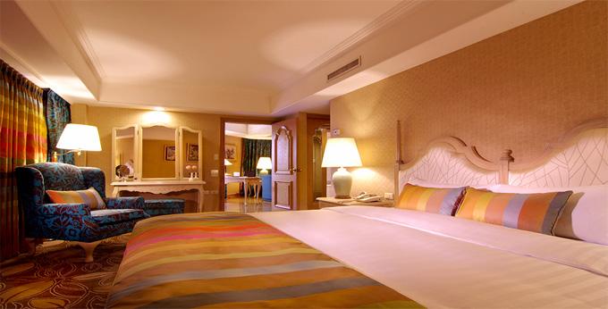 台北欧华酒店房间室内图、外观图