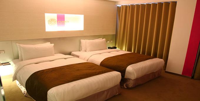 台北舞衣新宿旅店房间室内图、外观图