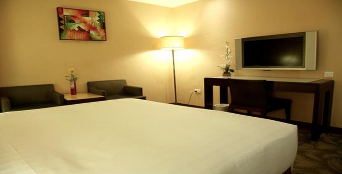 台北微风商务旅馆房间室内图、外观图