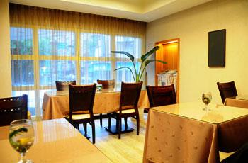 台北东姿商务旅店